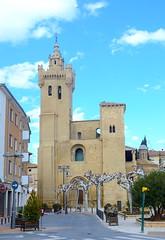Plaza Magdalena en Ejea, Zaragoza (eustoquio.molina) Tags: iglesia el salvador plaza magdalena egea de los caballeros monumento
