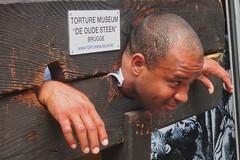 Enhanced Interrogation Museum (Viejito) Tags: deoudesteen wollestraat jail torture museum pillory kaak schandpaal brugge bruges westvlaanderen flanders vlaanderen belgië belgie belgique belgien belgium belgica belgio bélgica be b geotagged geo:lat=51207622 geo:lon=3226094 ベルギー canon s100 canons100 powershot waterboarding enhancedinterrogation thumbscrew ironmaiden rack radbraken fingers foltermuseum 酷刑博物馆 מוזיאוןעינויים متحفالتعذيب музейпыток