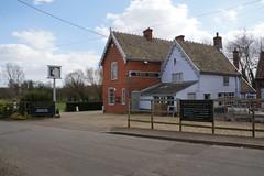 White Lion, Ufford (Bill Boaden) Tags: suffolk ufford pub gbg2018