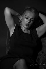 Marlene Dietrich-620-3 (Adriana.Britto) Tags: ensaio retrato portrait foto photo fotografia photography loira blonde blond model mature blackwhite blackandwhite pb pbr pretoebranco people art