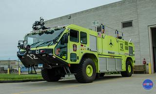 6-10-18 CFPA Photo Shoot Bradley Field Airport-40