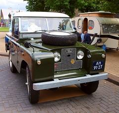 1969 Landrover 88 Pick-Up (Vriendelijkheid kost geen geld) Tags: nationale oldtimerdag lelystad 2018