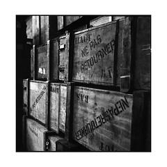 grand train 3 • paris, france • 2016 (lem's) Tags: grand station gare boxes wood boites bois paris france rolleiflex planar train