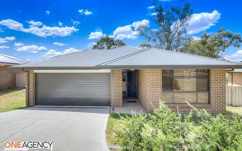 12 Downey Crescent, Orange NSW
