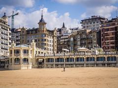 Buildings along Kontxa Pasealekua, San Sebastian (ctj71081) Tags: architecture beach sansebastian spain