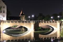 Nürnberg bei Nacht (silbel22) Tags: langzeitbelichtung nacht fluss nürnberg nuremberg bridge