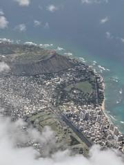 Diamond Head and Waikiki (tourtrophy) Tags: oahu hawaii diamondheadstatepark diamondhead waikiki googlepixel2xl diamondheadstatemonument