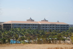 The Mulia Nusa Dua (Everyone Sinks Starco (using album)) Tags: bali architecture arsitektur hotel gedung building