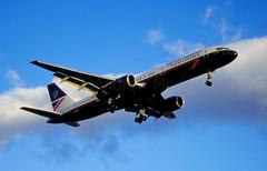 British Airways Boeing 757 at LHR 1995 (N48284) Tags: britishairways landor gbika boeing 757 757236 runway27r lhr londonheathrowairport airliner airlines