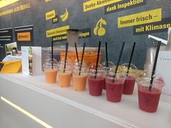 "#Hummercatering #Smoothie #bar #catering #vergölst #nürburgring #bfp #fuhrparkforum • <a style=""font-size:0.8em;"" href=""http://www.flickr.com/photos/69233503@N08/42722528142/"" target=""_blank"">View on Flickr</a>"