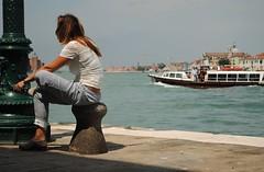 Barista veneziana in pausa (stella.iloveyou) Tags: travel viaggiare attimi moments lifearoundme vitaintornoame