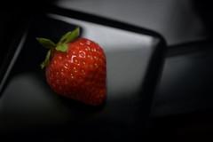 redonblack (Uniquva) Tags: strawberry lowkey red green black