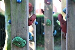 Climbing Post (guthrie79uk) Tags: park playpark climb play