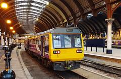 142095 York 23/03/2018 (Flash_3939) Tags: 142095 class142 dmu dieselmultipleunit northern pacer york yrk station rail railway train uk march 2018