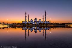 Mosquée Cheikh Zayed (Darth Jipsu) Tags: religion mosque sacred minaret arabian sunset unitedarabemirates marble abudhabi sheikhzayedmosque architecture uae zayed emirates dome white émiratsarabesunis ae