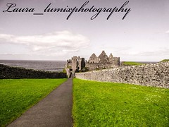 32927728_10156426487963756_8053436332837437440_n (laura_lumixphotography) Tags: landscape castle dunlucecastle sky grass lumixdcfz82 travel old