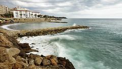 L'Alguer (candi...) Tags: playa calas rocas olas lalguer lametllademar cielo mar agua pueblo airelibre naturaleza nature sonya77
