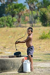 Rupununi #50 (*Amanda Richards) Tags: rupununi regionnine guyana 2018 well water fetchingwater wellwater boy
