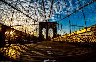 Sunrise on Brooklyn Bridge