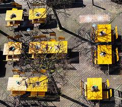 Yellow (RS_1978) Tags: winterthur stadt olympuspenf city zürich schweiz ch tische