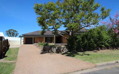 12 Watts Close, Singleton NSW 2330