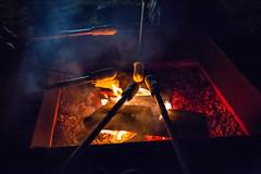 Assando o pan de palo (Ars Clicandi) Tags: brazil brasil socorro sp pedrabelavista pedra bela vista noite night pan de palo pandepalo pao bread fogueira fogo fire fireplace sãopaulo br nightshot