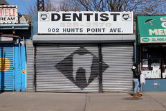 Dentist (jschumacher) Tags: nyc bronx thebronx huntspoint cassgilbert trainstation nynhhrr tooth