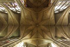 Cathédrale Saint Etienne - Metz (Ben_57) Tags: formatpaysage france moselle metz cathedrale lieuxdeculte catholique cathédrale stylegothique