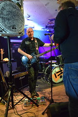 DSC_0080 (richardclarkephotos) Tags: tim bish joey luca © richard clarke photos derellas three horseshoes bradford avon wiltshire uk lone sharks guitar bass drums guitarist drummer bassist band bands live music punk