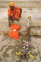 INDIEN BÉNARÈS (Jean d'Hugues) Tags: inde indien bénarès varani uttar pradesh gange sacré fleuve rituel ghats hindou pèlerin rive