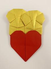Elephants in Love (Michał Kosmulski) Tags: elephant heart love wedding colorchange michałkosmulski washipaper red gold yellow colourchange
