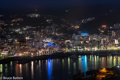 180405 Atami-02.jpg (Bruce Batten) Tags: night vehicles northpacificocean plants subjects reflections buildings boats trees locations trips occasions oceansbeaches urbanscenery honshu shizuoka sagamibay japan vacations atamishi shizuokaken jp