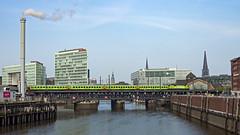 HH Oberhafenb Flixtrain 1800 K - HHa 182 505-8 ES 64 U2 005 (Wolfgang Schrade) Tags: flixtrain es64u2 es64u2005 br182 1820059 taurus hamburg oberhafenbrücke zug eisenbahn