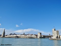 La Rochelle - Vieux-Port (JeanLemieux91) Tags: vieuxport old port viejo puerto pierres stones piedras la rochelle charentemaritime poitoucharentes france europe march mars marzo 2018 hiver winter invierno
