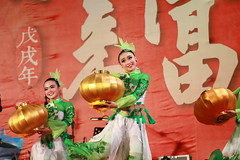 IMG_3527M 2018中臺灣元宵燈會 飛影舞蹈工作室 (陳炯垣) Tags: celebration performance dance dancer festival traditional stage girl portrait