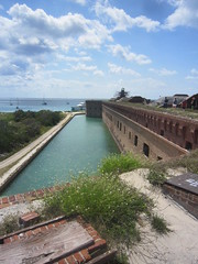 C Tuesday Dry Tortugas Cruise Fort Moat (JuralMS) Tags: umitedstates florida monroecounty keywest keywestmarch2018 2018o drytortugaa drytortugascruise cruise nationalpark fortjefferson forts