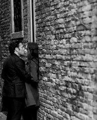 Alley Moment (ROSS HONG KONG) Tags: florence italy black white bw blackandwhite street alley love lovers moment leica m8 noctilux 50mm streetphoto