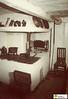 tm_7149 - Smedstugorna, Tidaholm (Tidaholms Museum) Tags: färgat positiv tidaholm interiör stuga byggnad heminredning spis möbel