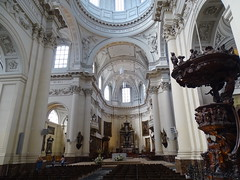Altar y nave mayor interior Catedral de San Albino Cathédrale Saint-Aubain Namur Belgica 01 (Rafael Gomez - http://micamara.es) Tags: altar y nave mayor interior catedral de san albino cathédrale saintaubain namur belgica valonia bélgica