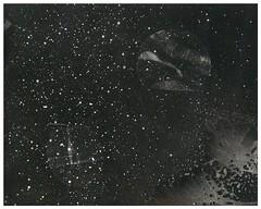 SENOGRAFIA DIA 2 00000009 (Arthur Pontes) Tags: lâmpada luz darkroom experimental fotografiaexperimental estrelas stars sky céu ampliador galáxias névoa mascara cameraless planetas