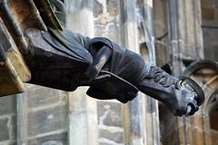 Gargoyles - 67 (fotomänni) Tags: prag praha prague veitsdom gargoyles gargouille wasserspeier skulptur skulpturen sculpture kunst manfredweis