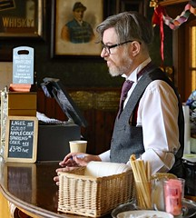 Beamish (grab a shot) Tags: beamish england uk beamishmuseum countydurham 1925 victorian edwardian livinghistory oldfashioned vintage openairmuseum town christmas 2017 canoneos7d indoor pub man