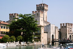 The castle (Shahrazad_84) Tags: castle sirmione italy lake garda