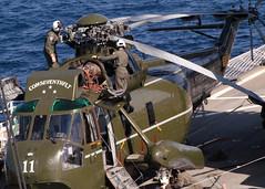 sikorsky sh-3 (San Diego Air & Space Museum Archives) Tags: bluyeridge people sailors aviators helicopter 7thfleet warlords lcc19