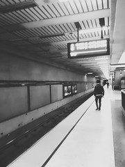 (sftrajan) Tags: civiccenterstation sanfranciscomuni sanfrancisco bw platform transit 2018 photodirector filter transport station estacion