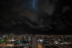 Lightning #8 - Bauru/SP (Enio Godoy - www.picturecumlux.com.br) Tags: niksoftware longexposure nikon d300s viveza241425264351315 nikond300s brazil lightning sky baurusp clouds