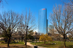 The One Thing Growing (phillytrax) Tags: philadelphia philly pa pennsylvania blue cityofbrotherlylove 215 city urban usa america unitedstates metropolis metropolitan swcc gho graduatehospital fitlersquare skyscraper highrise taneypark fmctower ciracentersouth ciracentresouth schuylkillriverpark