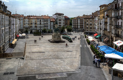 Vitoria Gasteiz - Vacanze 2017 (auredeso) Tags: vitoriagasteiz vitoria gasteiz spagna espana paesi baschi paesibaschi piazza place square hdr tonemapping nikon d7100 sigma nikond7100 sigma1770 vacanze