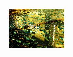 Rain drops II (2 Marvelous 4 Words (Blanca Gomez)) Tags: barcelona bcn spain rain drops raindrops bubbles liquid reflection colourful