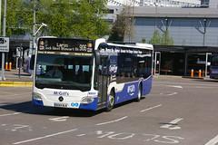 McGILL'S G3331 BX64WJV (bobbyblack51) Tags: mcgills greenock g3331 bx64wjv mercedes benz citaro route branded clyde flyer buchanan bus station 2017